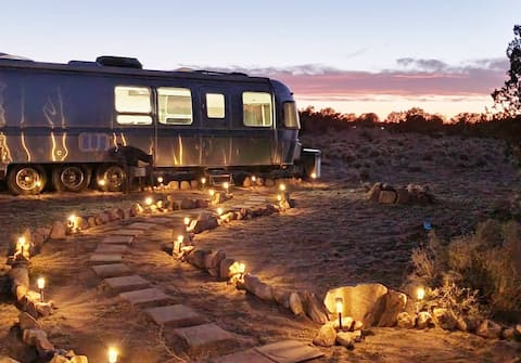 Monty the Airstream near the Grand Canyon
