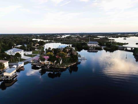 Old Florida Fishing and Kayaking Paradise