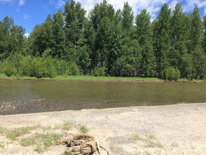 River camping at the historic Collett Ranch