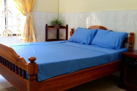 Simple room in Battambang - Krong Battambang - Haus
