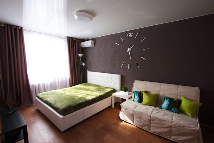 Уютная квартира около аквапарка на чистопольской