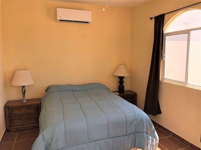 Room 3 Queen (Casita)