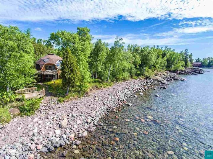 Geodesic Dome Cabin on Lake Superior