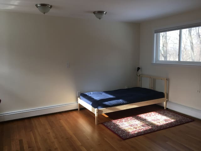 Beautiful Sunny Room in Croton on Hudson - Crugers - Casa