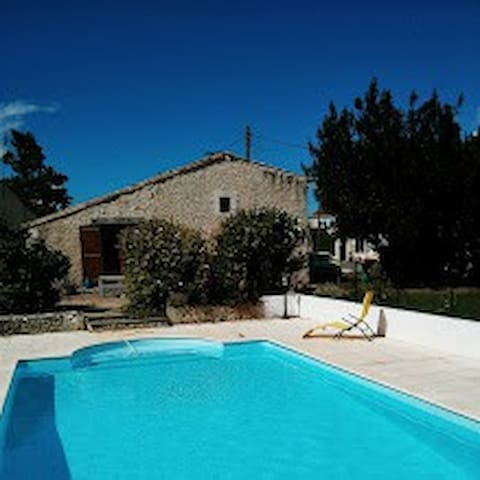 Beautiful rural villa, with enclosed private pool.