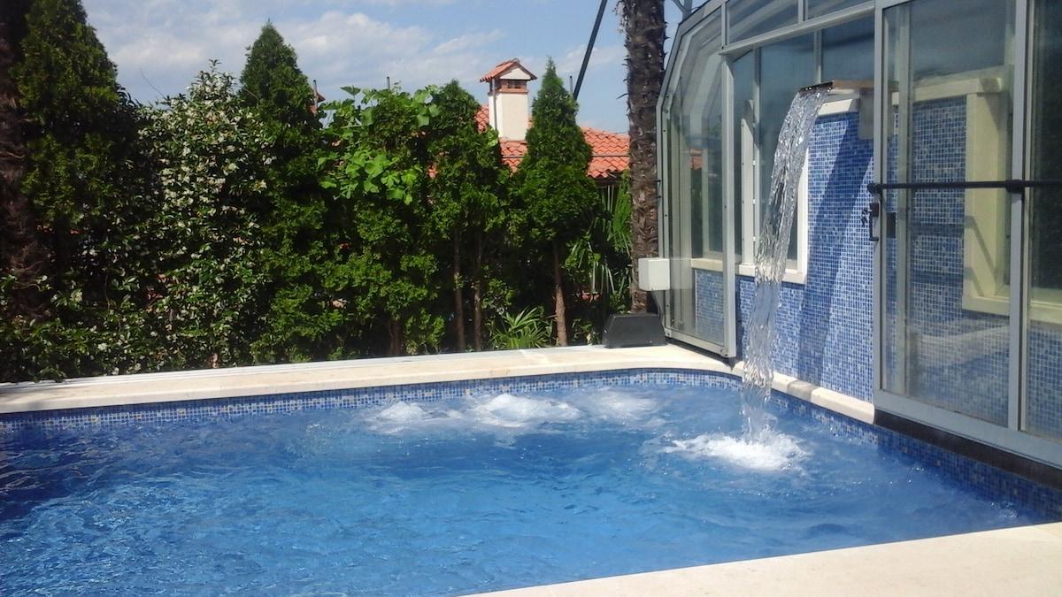 Appartamento con piscina posto auto giardino wohnungen zur