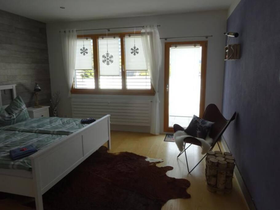Gästezimmer mit Doppelbett Bild 1