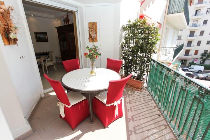 ARMENONVILLE - Cannes - Pis