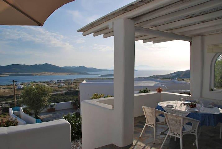 The Secret House at Lilly's Villas - Άγιος Γεώργιος - Ev