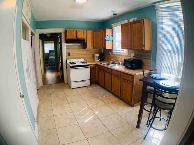 This is the home for you!! Center City Located!!