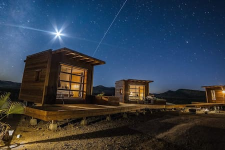 Secluded Mojave Desert Eco-Pods