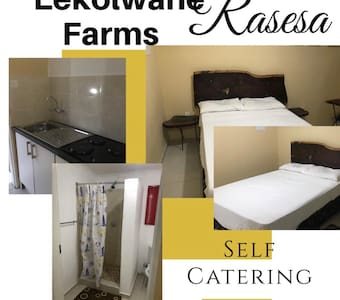 Lekolwane Farms Rasesa self catering