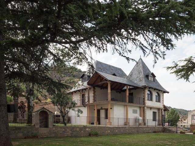 Itaca - Casa Esera