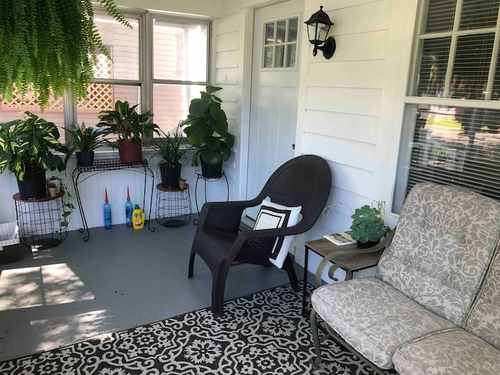 Spacious, relaxing home in University area