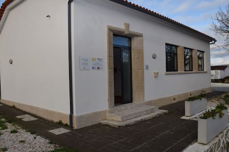 Casa de Alojamento Local de Aljazede - Alvorge - Dům