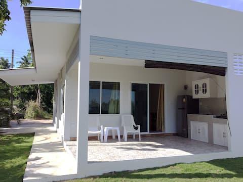 Sun Sea Air Bungalows (Villa 3)