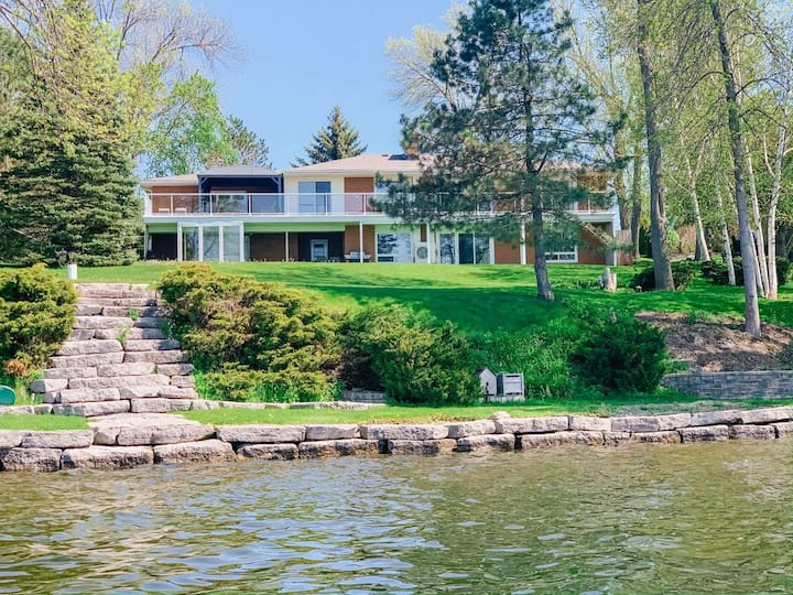 Waterfront Home in Prince Edward County