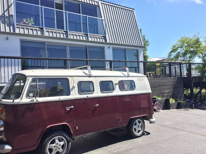 Boutique Kombi accommodation in Sumner