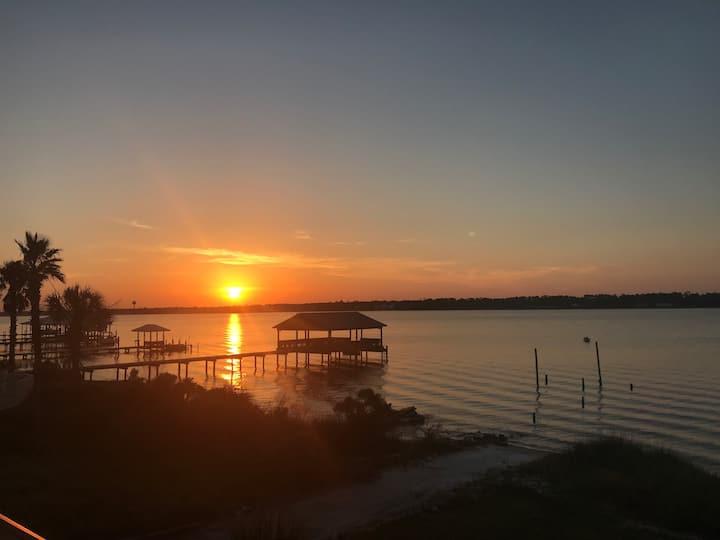 Sunset Paradise@Summer House West