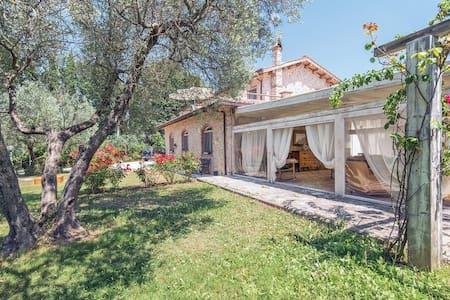 Villa Laura - Monteleone Sabino - Villa