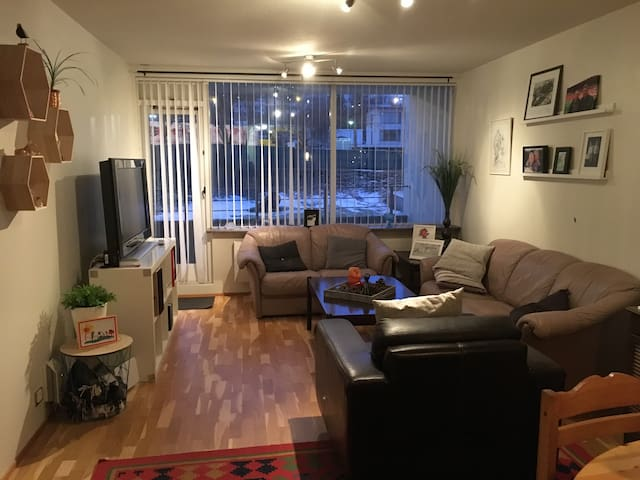 Nicely furnished and equipped apart. in Kopavogur - Kópavogur - Apartamento