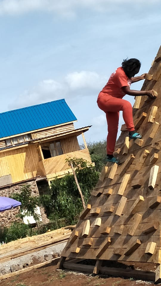 Climbing to stay fit
