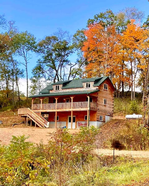 Driftless Area-New Amish Built-Sidie Hollow Cabin