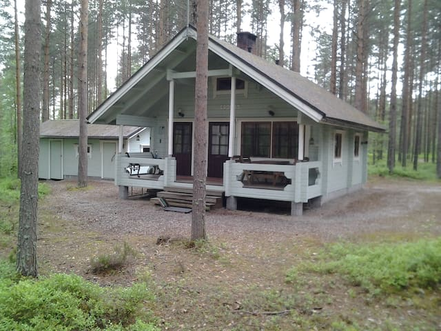 Peaceful, cosy cottage in central finland - Laukaa