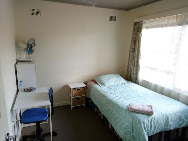 Private SINGLE or TWIN room in a 2br apart - Hillsdale - Flat