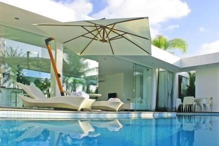 Amazing 2 bedroom modern villa