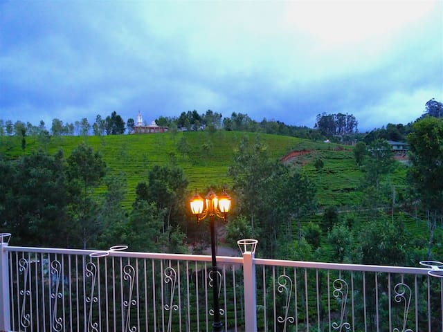 Cottage - The Great Escape Homestay - Coonoor - Bed & Breakfast