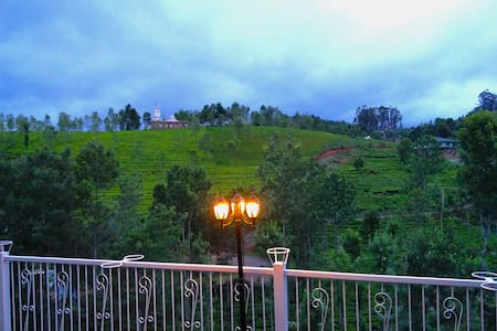 Cottage - The Great Escape Homestay - Coonoor - Inap sarapan