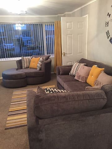Double Bedroom with use of all amenities - Stockton-on-Tees - Ev