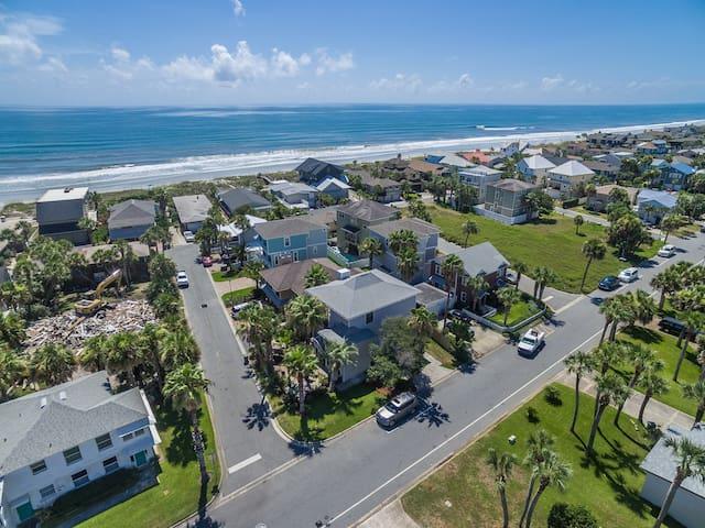 5 bed 3.5 bath Family Beach Home - Jacksonville Beach