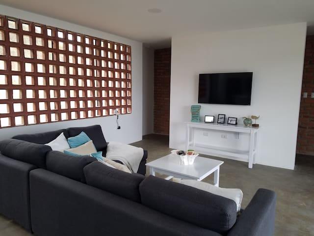 Brand New - Puerto Lopez Home!! - Puerto Lopez