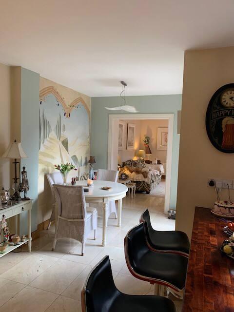 Double  en suite room in Douglas Cork city