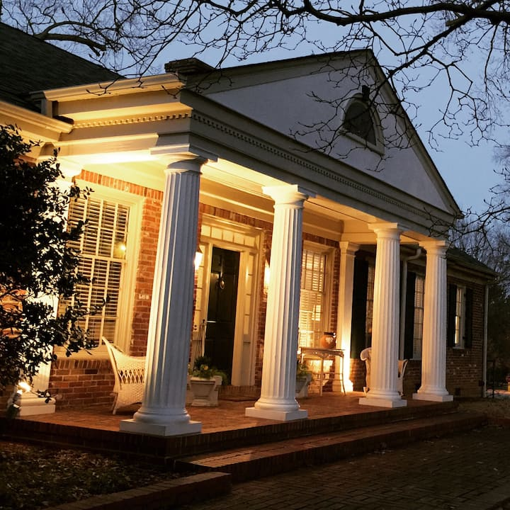 The Magnolia House on Overton Park Luxury Rental
