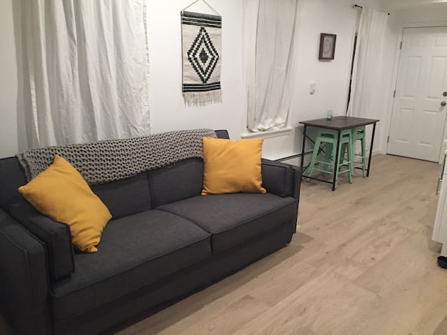 Cozy 1bdrm/1ba mission district apartment!