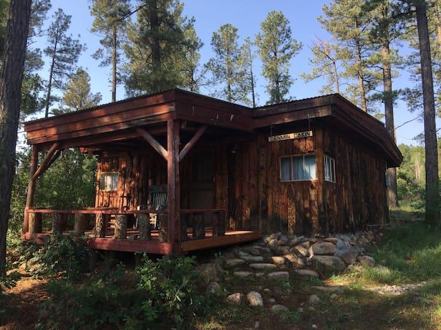 Denmin Cabin - El Rito Cabins