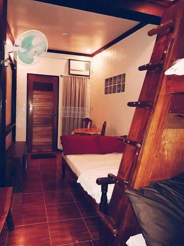 Family room/ Barkada Room at Miguel's Homestay