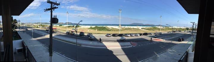 Luxuoso apto 3 quartos, vista p/ Praia do Forte.