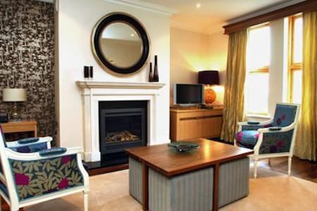 Fota Island Resort 3 Bed Sleeps 5 Courseside Lodges, Fota Island Resort, Cork - Sleeps 5 - Fota Island - House