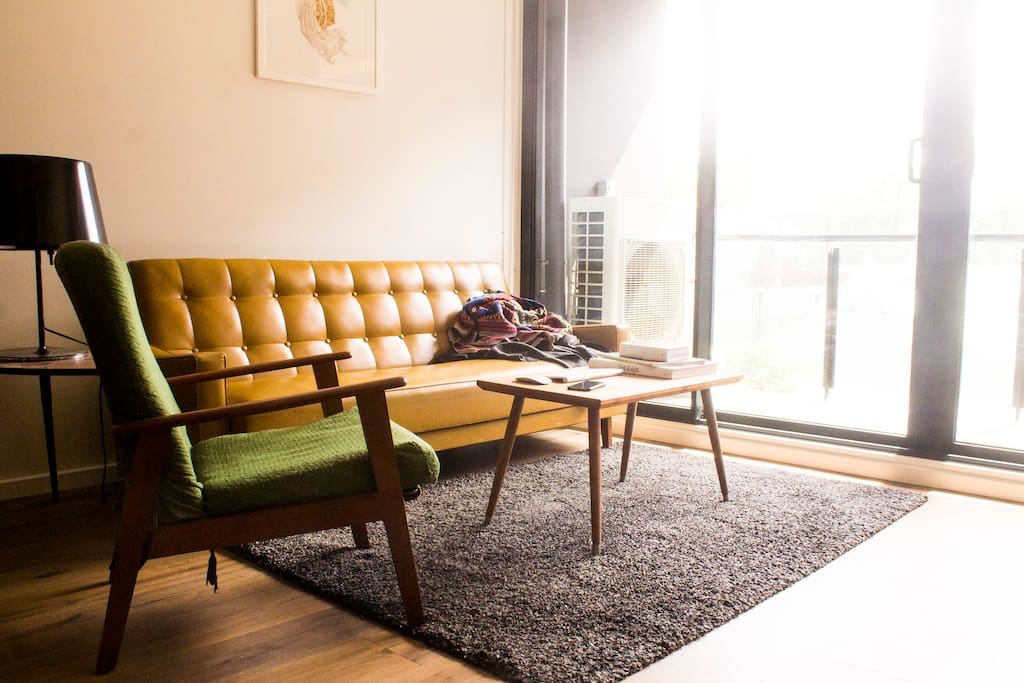 Lounge Room - fold out leather 3-seat sofa, fully reclinable danish armchair.