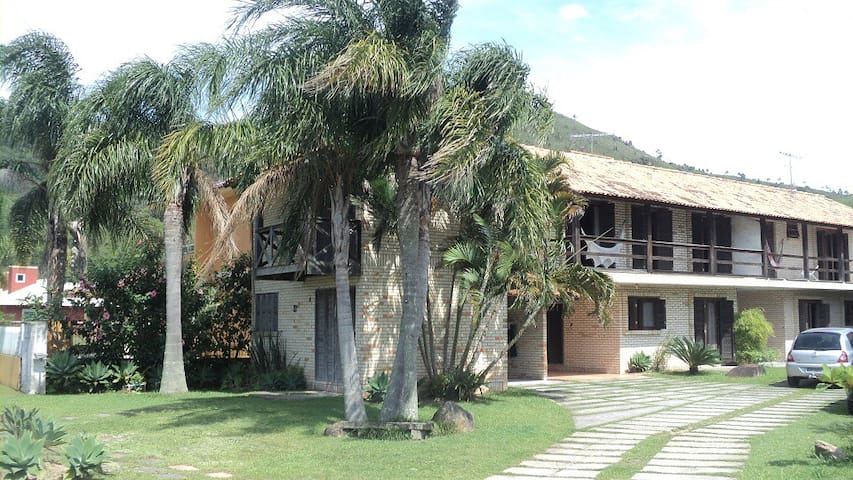 Aprazível condomínio perto da praia. - Governador Celso Ramos - Kondominium