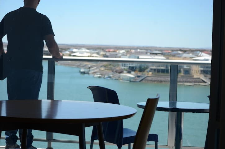 Wallaroo Marina Stays Studio Rm24
