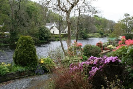 Riverside self catering Holiday home