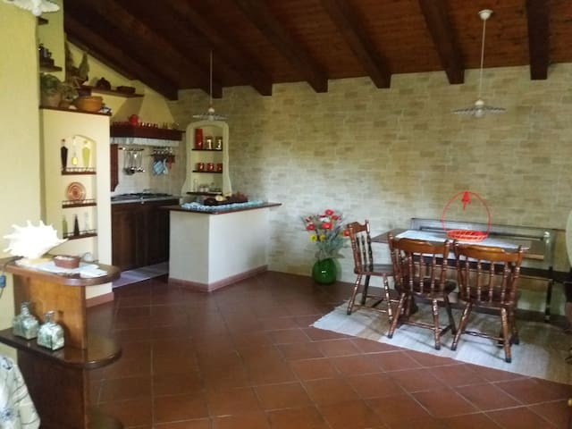 Holiday Apartment in Residence with Garden and Pool; Parking available