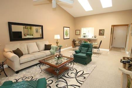 Quiet 2 bedroom hideaway - Maitland - Casa