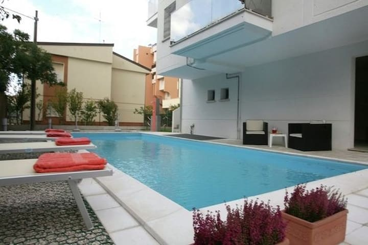 Premium Apartment in Rimini with Swimming Pool
