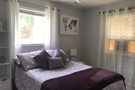 Close to Stony Brook - Cozy room in Quiet House